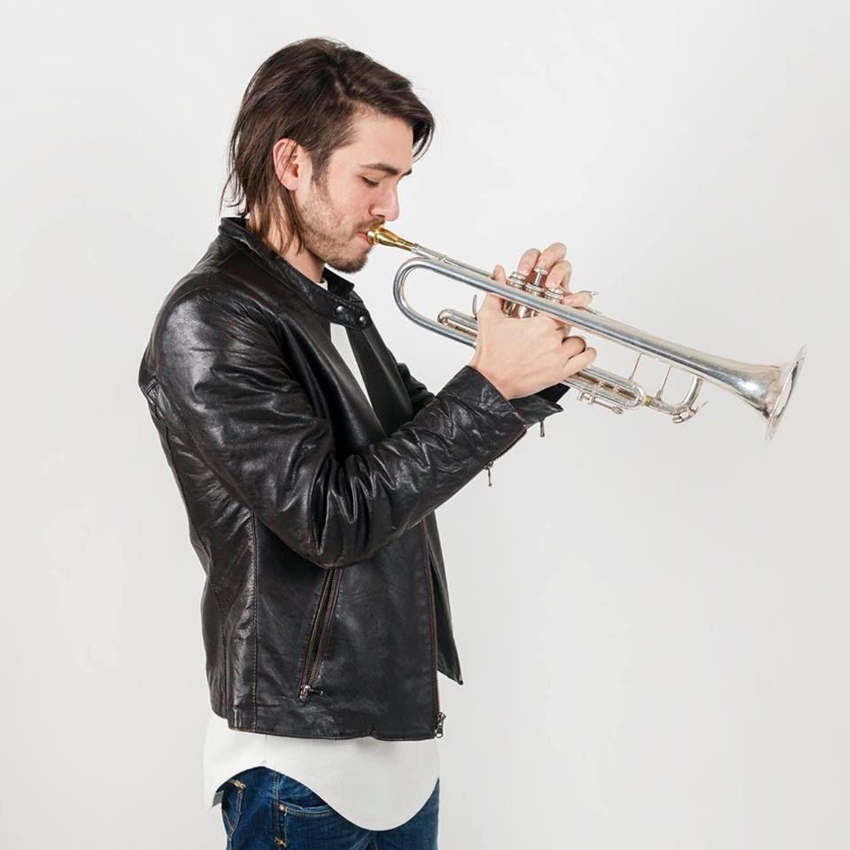 Photo de Jorge, Composer